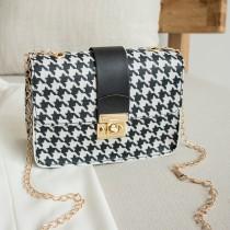 Black Fashion Casual Patchwork Print Chain Strap Crossbody Bags