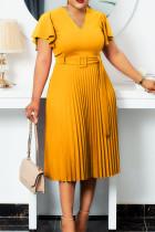 Yellow Elegant Solid Split Joint V Neck Pleated Plus Size Dresses