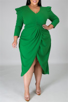 Green Fashion Casual Solid Split Joint V Neck Long Sleeve Plus Size Dresses