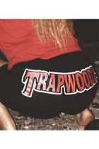 Red and black Elastic Fly Mid Print Skinny shorts Bottoms