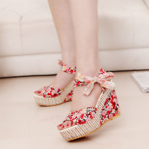 Red Casual Frenulum Round Out Door Shoes