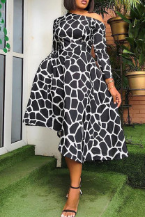 Black And White Fashion Sexy Print Basic Oblique Collar Long Sleeve Dresses