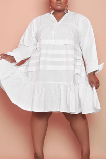 White Casual Solid Split Joint Flounce V Neck Princess Plus Size Dresses