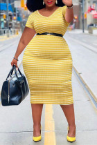 Yellow Fashion Casual Plus Size Striped Print Without Belt V Neck Short Sleeve Dress