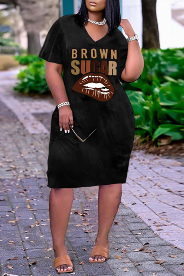 Black Fashion Casual Plus Size Letter Lips Printed Basic V Neck Short Sleeve Dress