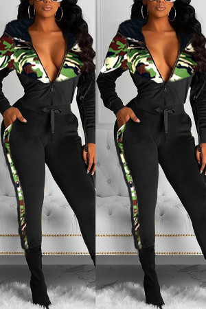 Fashion Velvet Patchwork Hooded Camouflage Black Print Two Piece Suit