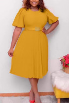 Yellow Fashion Casual Plus Size Solid With Belt O Neck Pleated Dress