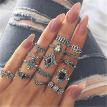Multicolor Fashion Casual Retro Diamond Ring Eleven Set
