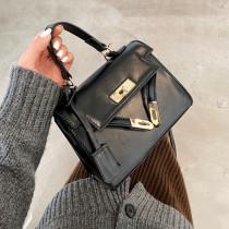 Black Fashion Casual Solid Messenger Bag