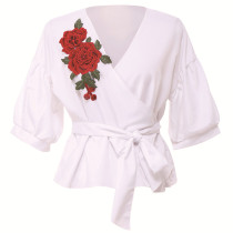 White Sweet Floral Lace-up Blouses