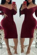 Wine Red Sexy Dew Shoulder Knitting Knee Length Dress