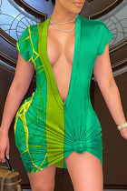 Green Sexy Casual Print Basic V Neck Short Sleeve Dress