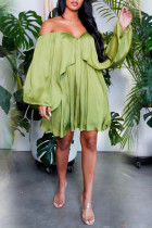 Green Sexy Solid Flounce Off the Shoulder Pleated Dresses
