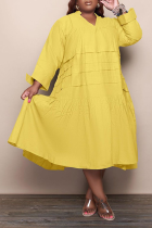 Yellow Casual Solid Flounce V Neck Cake Skirt Plus Size Dresses