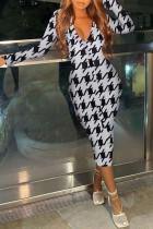 White Fashion Street Print Split Joint V Neck One Step Skirt Dresses