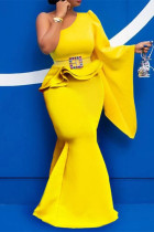 Yellow Fashion Sexy Solid With Belt Oblique Collar Long Sleeve Two Pieces
