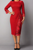 Red Elegant Solid Embroidered Hollowed Out Split Joint O Neck Straight Dresses