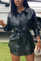 Black Casual  Simplicity Solid With Belt Turndown Collar Outerwear