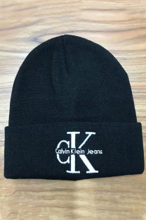 Matte Black Fashion Street Embroidery Split Joint Hat