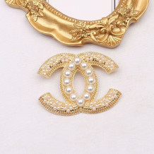 Gold Fashion  Simplicity Letter Pearl Brooch