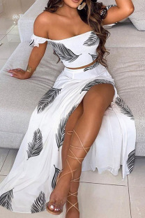 Gray White Sweet Print Split Joint Off the Shoulder Short Sleeve Two Pieces