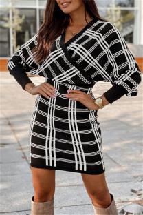 White Fashion Casual Plaid Print Split Joint V Neck Long Sleeve Dresses