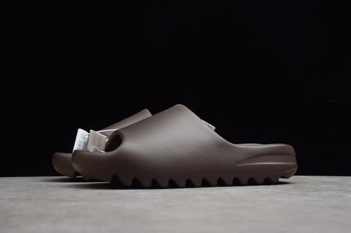 (Free Shipping)Kanye West x Yeezy Slide Resin Soot G55495
