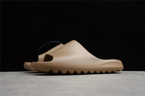 (Free Shipping)Yeezy Slide Earth Brown FV8425